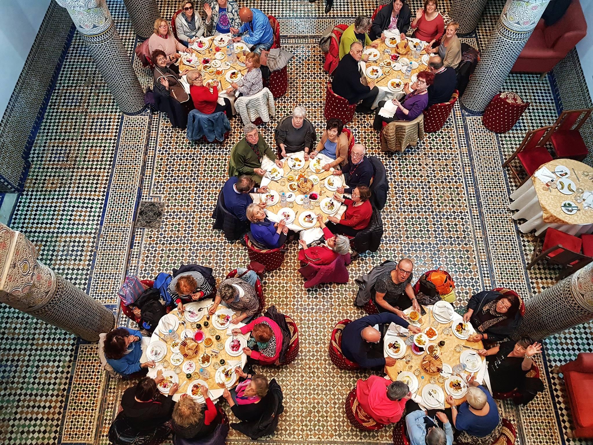 Pranzi e condivisione Viaggi di gruppo