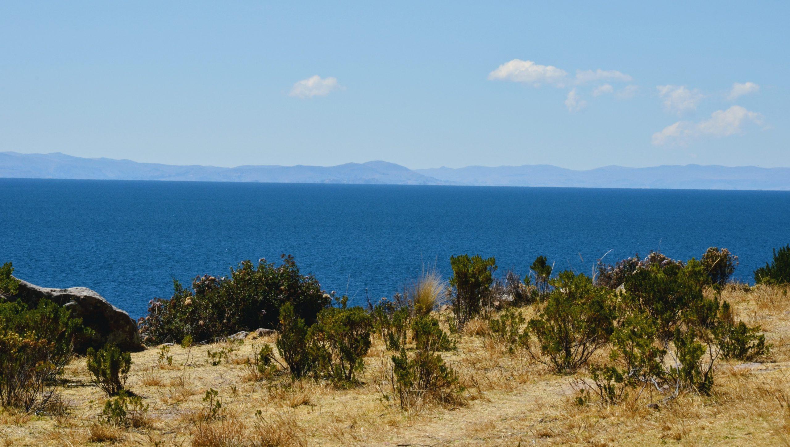 Il lago Titicaca visto da una delle sue splendide isole