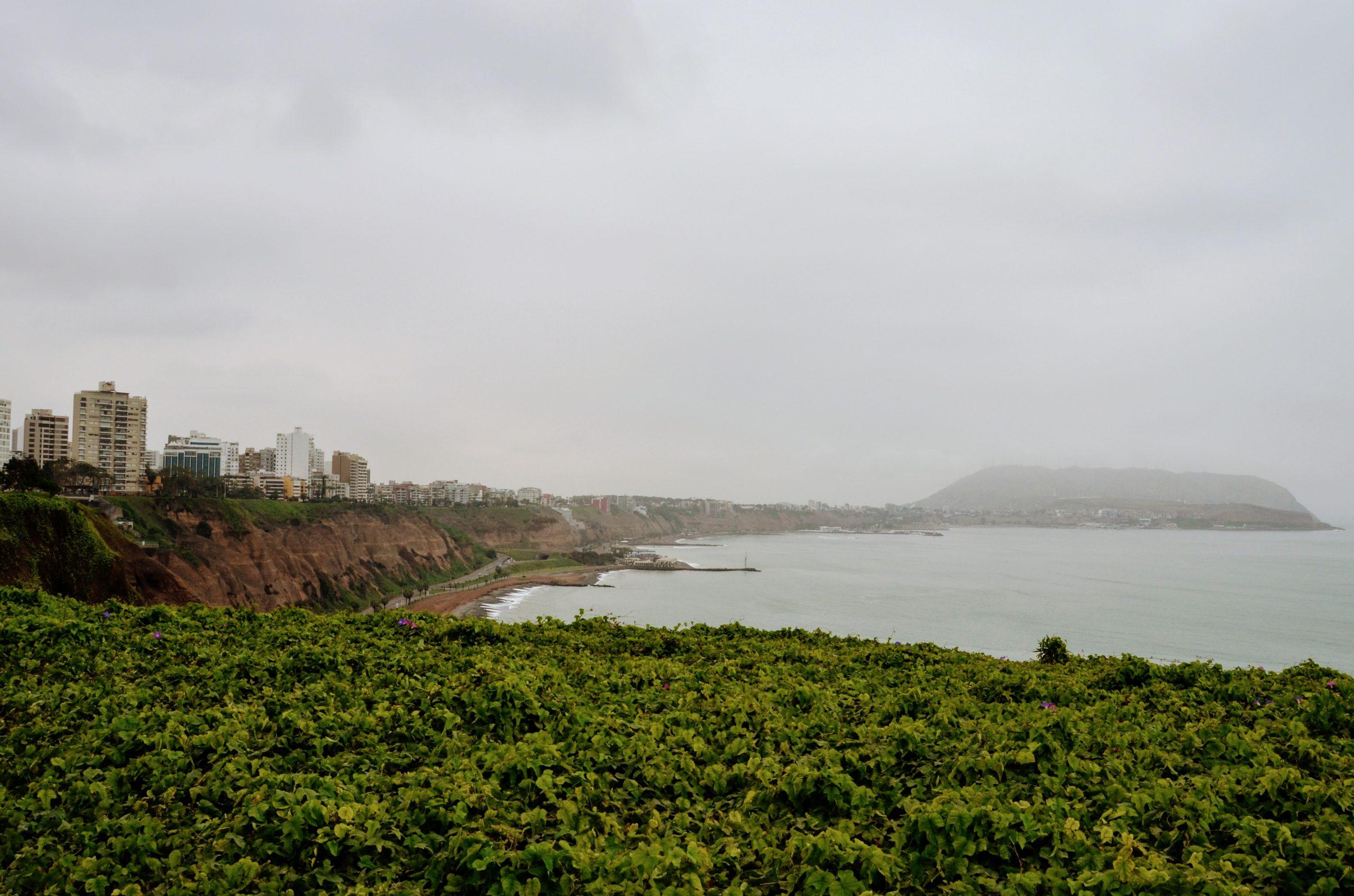 "Lima, l'oceano e la sua ""nebbia"""