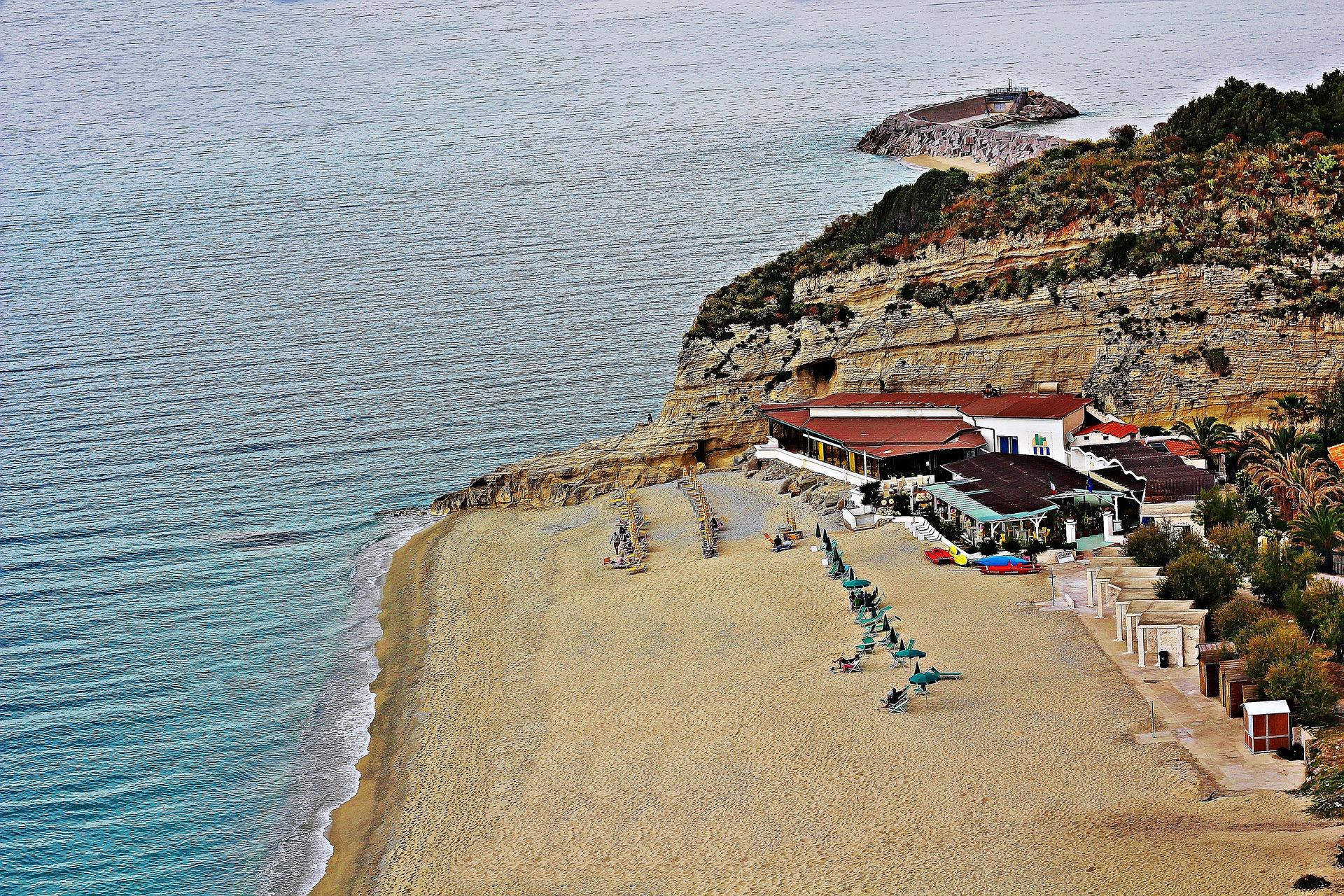 Tropea mare in Calabria